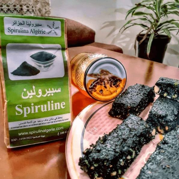 ¿Qué es la espirulina? Propiedades, beneficios, cómo tomarla y cuáles son sus contraindicaciones brownie
