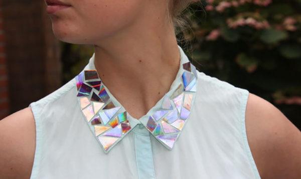 Manualidades con CD reciclados paso a paso camisa mosaico cuello