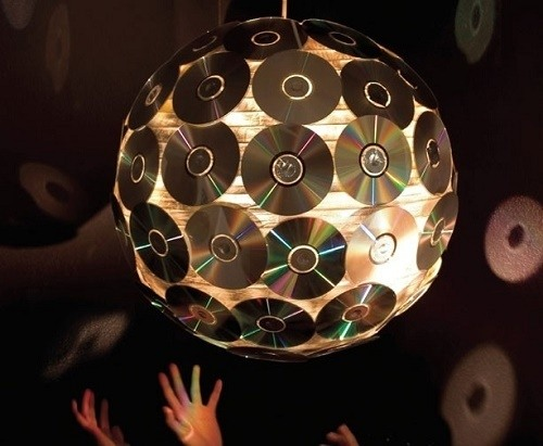 Manualidades con CD reciclados paso a paso lámpara