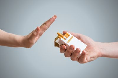 Rechazando tabaco