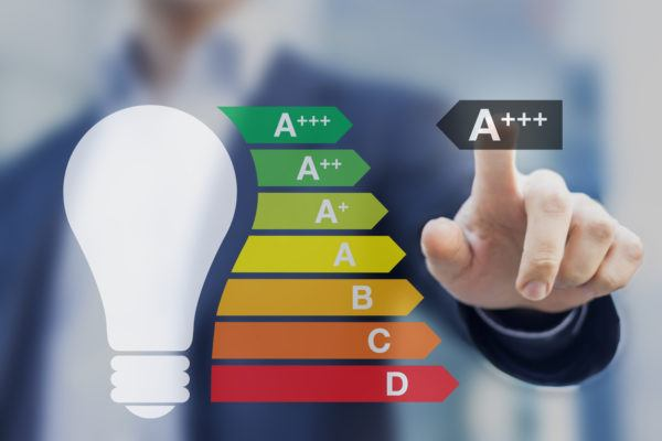 Etiqueta energetica que es como entenderla donde aparece para que sirve cambio luz