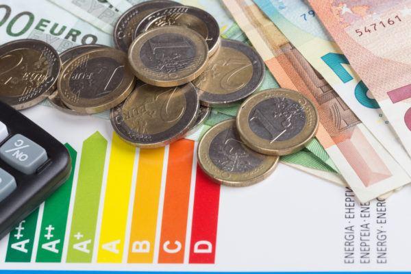 Etiqueta energetica que es como entenderla donde aparece para que sirve dinero
