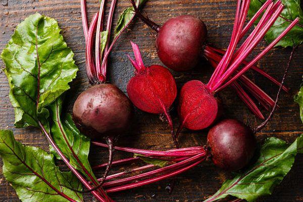 Que frutas y verduras comer en enero calendario de temporada remolacha