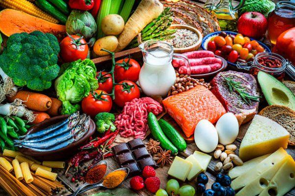 Que frutas y verduras comer en junio calendario de temporada agosto
