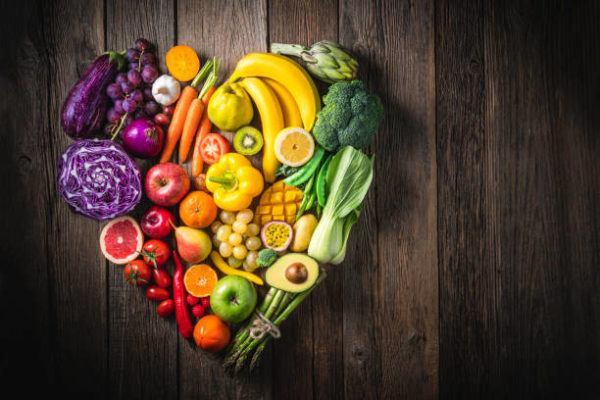 Que frutas y verduras comer en junio calendario de temporada julio