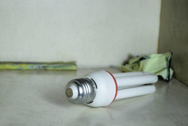 Como reciclar todos los tipos de bombillas bajo consumo