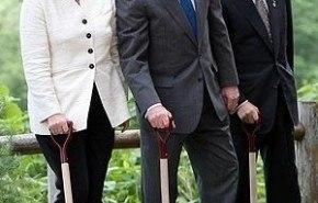 Los líderes del G8 aceptan reducir las emisiones de gases invernadero